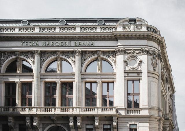 Quali informazioni comunicano al fisco italiano le banche estere?
